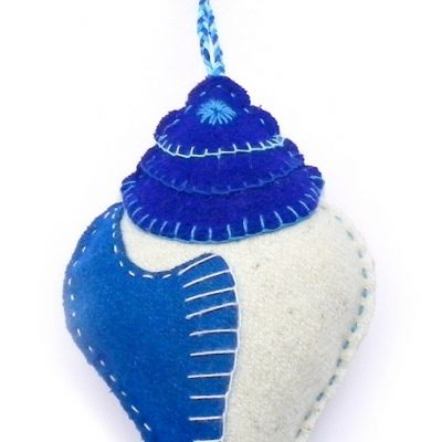 Conch shell white with blue keychain yellow and white