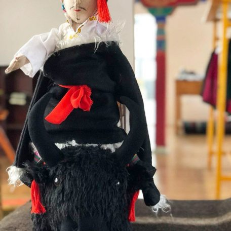 Apu Norlha doll from Kham