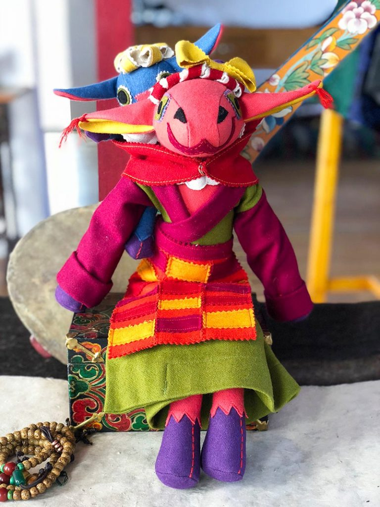 Tibetan toy Sheep mother with baby